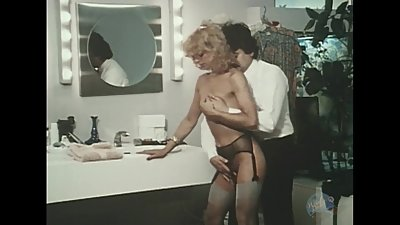 Hot Mom gets hot sex from Dad