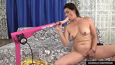 Mature Tart Michele Marks Gets Her..