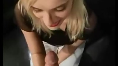 Amateur gets ass and pussy fucked (HD)..
