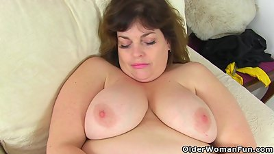 UK's cutest BBW milf Vintage Fox..