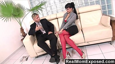 RealMomExposed - Horny secretary loves..