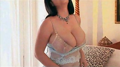 BBW MILF Big Boobs Strip Show